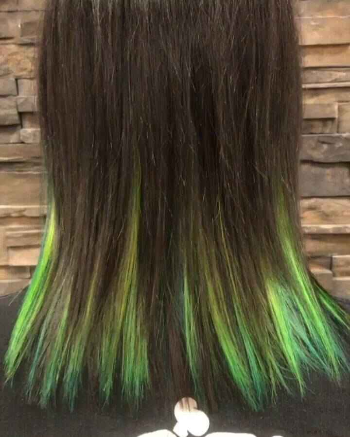 Here's a better look at the awesome colors in Melissa's hair! #neongreenhair #neonbluehair #pravana #pravanvivids #color...