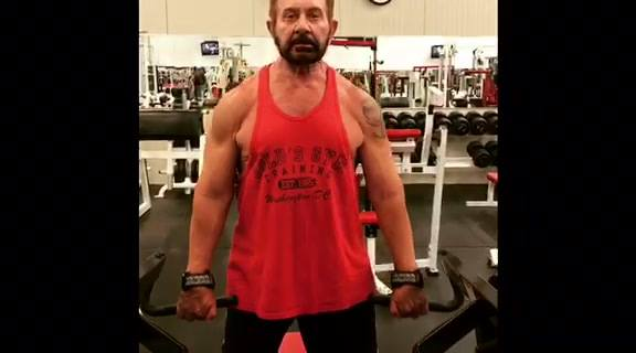 Killer back day at Houze Of Champions with NoBull Client Apollos Hall.  PLEASE CHECK OUT MY NEW ONLINE TRAINING:http://n...